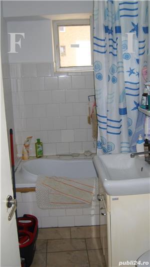 Apartament 4 camere Decomandat etajul 2 - imagine 6