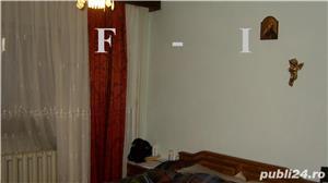 Apartament 4 camere Decomandat etajul 2 - imagine 5