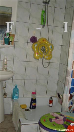 Apartament 4 camere Decomandat etajul 2 - imagine 7