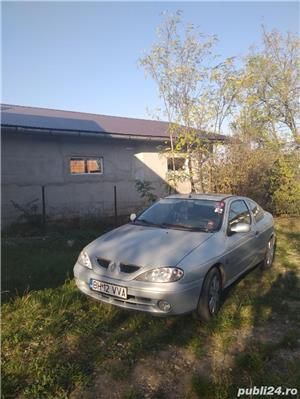 Renault Coupe - imagine 4