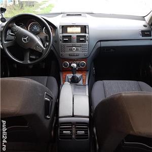 Schimb Mercedes C180  - imagine 4
