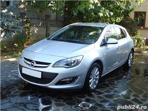 Opel Astra 2014, 2.0 CDTI 165 CP automat TVA deductibil  - imagine 1