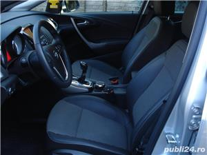 Opel Astra 2014, 2.0 CDTI 165 CP automat TVA deductibil  - imagine 4