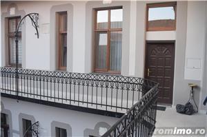 Chirie ultracentral Corso-birouri Palatul Rimanóczy Kálmán 400 euro/lună - imagine 10