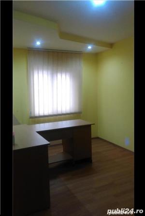 Vând spațiu pentru birou - imagine 1