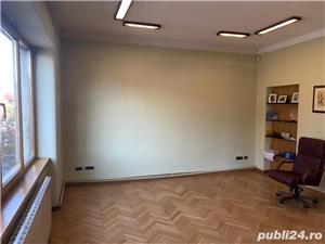 Spatiu birou - imagine 1