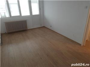 Proprietar vând apartament cu 3 camere, in zona Restaurant Cotnari-Piata Nicolina-Casa  - imagine 1
