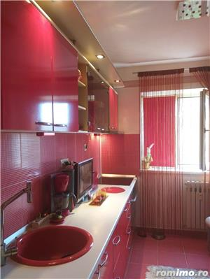 Tomis  3 - Apartament 3 camere semidecomandate - imagine 1