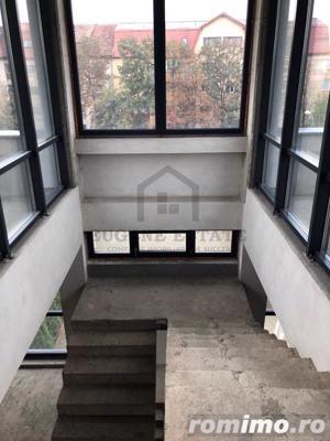 Penthouse pe doua nivele, zona Torontalului - imagine 8