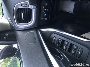 Volvo V40 - imagine 9