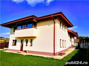 Casa Barnova,langa padure.  - imagine 1