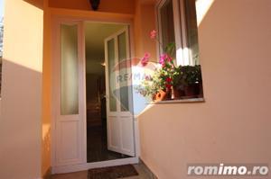 Casă / Vilă cu 4 camere de vânzare în zona Calugareni - imagine 5