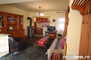 Casă / Vilă cu 4 camere de vânzare în zona Calugareni - imagine 9