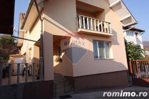 Casă / Vilă cu 4 camere de vânzare în zona Calugareni - imagine 2