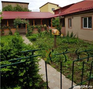 Particular casa/vila,3 corpuri,6 camere curte 700m,3 bai- Giurgiului/Luica - imagine 7