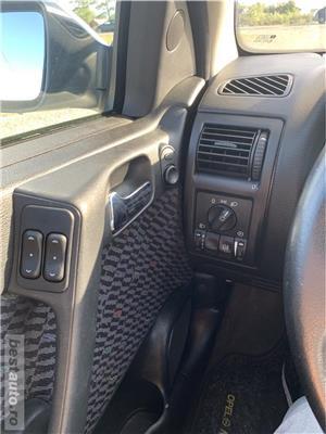 Opel Astra - imagine 10