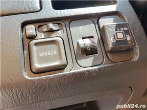 Honda 1.7 benzina combi 7 locuri, 8 litri consum. Modeal stream - imagine 5