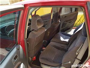 Honda 1.7 benzina combi 7 locuri, 8 litri consum. Modeal stream - imagine 8