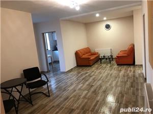 Proprietar Vand cladire cu 3 apartamente si birouri  - imagine 1