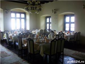 Dau in chirie restaurant Central Bistrita - imagine 5