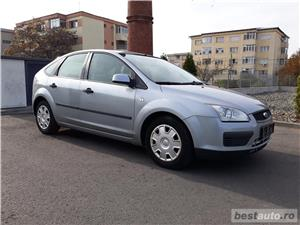 Ford Focus 1.6 benzina/AC/Pilot automat/Euro 4! - imagine 2