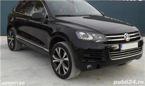 Volkswagen Touareg 3.0 TDI 245 CP an 2013 - imagine 3