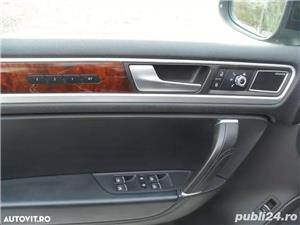 Volkswagen Touareg 3.0 TDI 245 CP an 2013 - imagine 6
