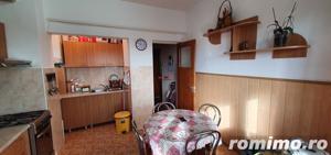 Apartament 4 camere, 102 mp utili, garaj si boxa, str. Closca - imagine 5
