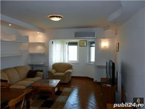 Apartament 3 camere, modern, cu centrala cu gaz, Faleza Nord, frontal la mare - imagine 2