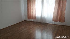 Inchiriez apartament 3 camere decomandat zona Panduri - imagine 9