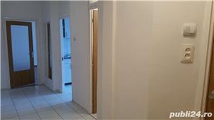 Inchiriez apartament 3 camere decomandat zona Panduri - imagine 7