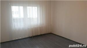 Inchiriez apartament 3 camere decomandat zona Panduri - imagine 5