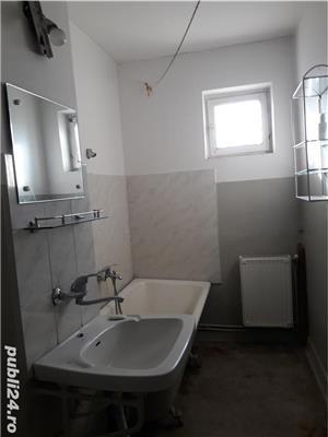 Apartament 2 camere în zona Pieței  - imagine 1