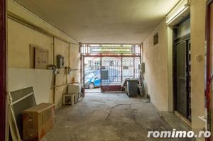 Casă / Vilă cu 14 camere de vânzare în zona P-ta Alba Iulia - imagine 8