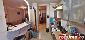 Apartament 3 camere, 2 balcoane, mobilat, etaj 3, zona OMV - imagine 4