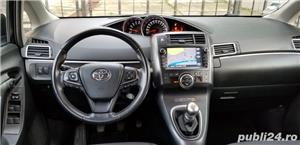 Toyota verso - imagine 7