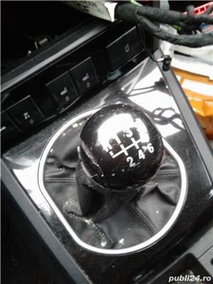 Dezmembrez Ford Mondeo MK 3 - imagine 3