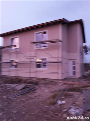 Duplex la asfalt, intre case locuite, tote utilitatiile acces auto, terasa, teren 670mp - imagine 9