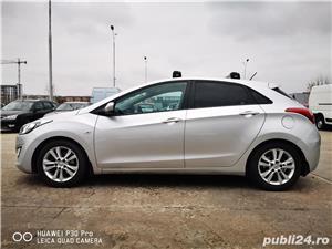 Hyundai i30 1.6 benzina AUTOMATA 135cp cu GPL, 70.000 km reali! - imagine 2
