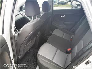 Hyundai i30 1.6 benzina AUTOMATA 135cp cu GPL, 70.000 km reali! - imagine 4