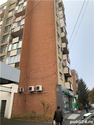 Vand apartament 3 camere Micalaca - imagine 1