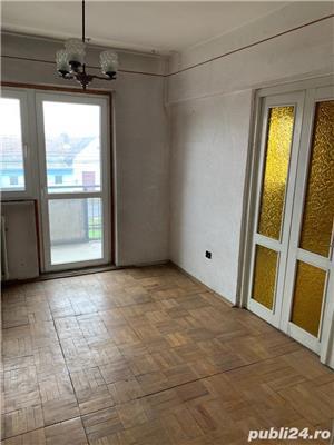 Vand apartament 3 camere Micalaca - imagine 3