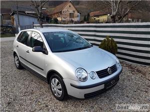 VW Polo Euro 4, 1.2 benzina,4 usi, an 2003. - imagine 2