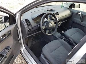 VW Polo Euro 4, 1.2 benzina,4 usi, an 2003. - imagine 3