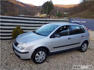 VW Polo Euro 4, 1.2 benzina,4 usi, an 2003. - imagine 7