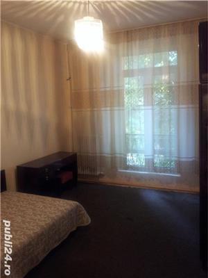 - Bloc Rusesc - Apartament de Vanzare 3 Camere - ( Bloc tip vila ) - - imagine 10