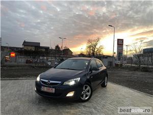 Opel Astra J*1.7-diesel*af.2010/luna 05*Euro 5*BiXenon*climatronic ! - imagine 2