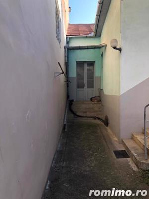 Casa 350mp, Centrul Vechi, singur in curte - imagine 13