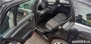 Mercedes C220 2010 - imagine 5