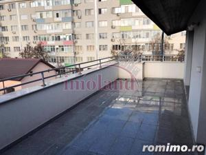 Vanzare apartament - 2 camere - 1 Mai - terasa 23 mp - imagine 11